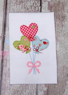 Balloon Machine Applique Design for Valentines Day Heart Best Embroidery Machine, Machine Applique Designs, Applique Embroidery Designs, Embroidery Fabric, Machine Design, Fabric Cards, Creeper Minecraft, Valentine Day Cards, Greeting Cards Handmade