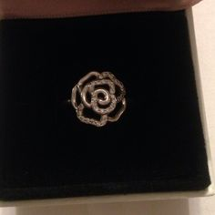 Rose Pandora Ring Rose ring from Pandora given to me by MY CHEATING EX Need to get rid of this asap! Size 6. Worn only a few times. Includes the box! Pandora Jewelry Rings