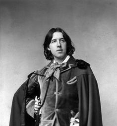 Welcome to the official Oscar Wilde website. Learn more about Oscar Wilde and contact us today for more information. Dorian Gray, Mode Masculine, Dandy, Writers And Poets, Portraits, Three Piece Suit, Edgar Allan Poe, Vintage Photography, Found Art