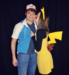 ash and pikachu costume Cute Couple Halloween Costumes, Halloween Party Kostüm, Halloween 2019, Halloween Decorations, Couple Costumes, Pair Costumes, Costumes 2015, Candy Costumes, Pikachu And Ash Costume