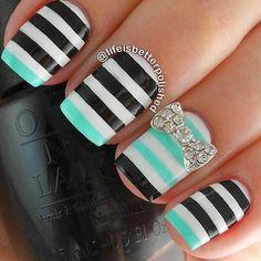 Black auqa and white bow nailart #nailart #nails #white #bow #black #auqa