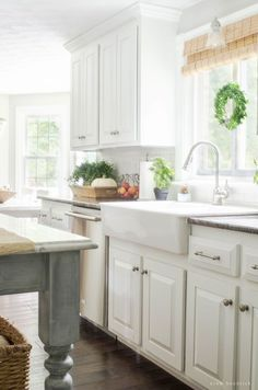 Light & Bright Farmhouse Kitchen- Modern Farmhouse Home Tour | Nina Hendrick Design Co. | Follow along as a 1980s colonial fixer upper gets a complete DIY makeover and is renovated to reflect modern farmhouse charm.