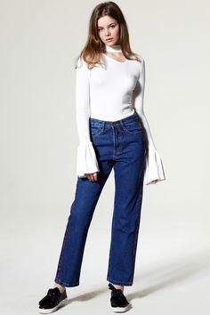Evan Straight Line Denim Pants Discover the latest fashion trends online at storets.com #denimpants #bottem#straighlinedenim