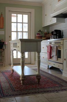 Super Diy Kitchen Island Table Home Ideas Kitchen Island Table, White Kitchen Island, Kitchen Islands, Kitchen Cabinets, New Kitchen, Kitchen Decor, Design Kitchen, Kitchen Ideas, Kitchen Small