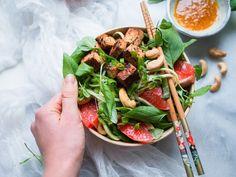 Raikas verigreippi-tofu-kurkkunuudelisalaatti (V, GF) – Viimeistä Murua Myöten