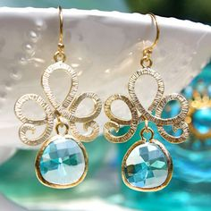 Lotus Pool Blue Gold Earrings @LaylaGrayce #laylagrayce #destinationispiration #christmasbythesea