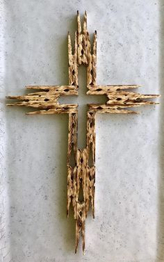 Beautiful Wooden Clothespin Cross image 0 Source by cnsaitch pin crafts Wooden Cross Crafts, Wooden Clothespin Crafts, Wooden Crosses, Wooden Clothespins, Wood Crafts, Easter Crafts, Holiday Crafts, Crafts To Make, Fun Crafts