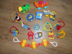 Nabízím hrané hračky-kousátko, hrkátka, chrastítka, kostka s obrázky, točící ufo, dřevěná tahací
