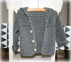 Gehaakt babyvestje Yeah! Ik heb er een nieuw neefje bij! En natuurlijk heb ik daar even een kadootje voor gemaakt. Ik zag een p... Crochet For Kids, Diy Crochet, Crochet Baby, Baby Kids, Baby Boy, Crochet Cardigan, Summer Baby, Baby Knitting Patterns, Baby Sewing