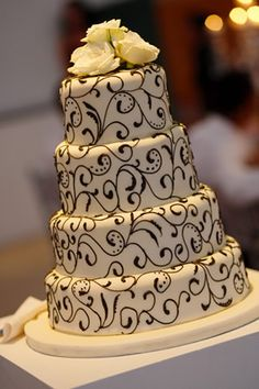 60 Beautiful African Wedding Cake You Will Love for Your Inspirations – VIs-Wed African Wedding Cakes, South African Weddings, Traditional Wedding Cake, Traditional Cakes, Beautiful Cakes, Amazing Cakes, Blaze Birthday Cake, African Cake, Wedding Catering Prices