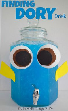 A Finding Dory Party Drink for Kids - This is the perfect drink of an ocean… Birthday Party Drinks, 2 Year Old Birthday Party, Kids Birthday Themes, 2nd Birthday, Underwater Birthday, Underwater Party, Adoption Party, Ocean Party, Finding Dory