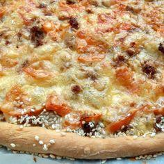 Lenivé cesto na pizzu - Receptik.sk Pizza, Cheesesteak, Ethnic Recipes, Food, Essen, Meals, Yemek, Eten