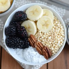 Chia Yogurt Power Bowl + Bootcamp WOD via @Lee Semel Hersh | Fit Foodie Finds @fitfoodie_lee