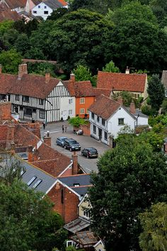 Been There: Lavenham, Suffolk, England England And Scotland, England Uk, London England, Suffolk England, Places Around The World, Around The Worlds, Suffolk Coast, English Architecture, English Countryside