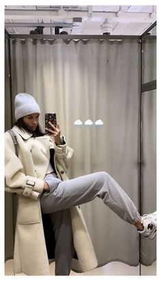 Follow our Pinterest Zaza_muse for more similar pictures :) Style Inspiration. Winter Outfits For Teen Girls, Winter Outfits For Work, Fall Outfits, Casual Outfits, Grunge Winter Outfits, Dress Casual, Fashion 90s, Look Fashion, Fashion Show