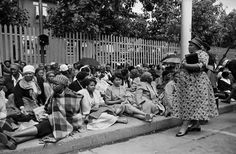 Women waiting outside the Union Buildings' grounds in Pretoria to sign the petition against Passes, 1956 All Races, Pan Africanism, Pretoria, African Women, Art Google, South Africa, The Outsiders, Waiting, Pictures