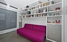 knihovna nad sedačkou - Hledat Googlem