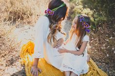bohemian mother + daughter photo shoot // floral crown // maternity shoot