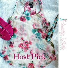 Host Pick  Wet seal floral tank top This is in excellent condition. And true to size. Size medium. Tops Tank Tops