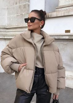 Best Winter Fashion Outfits Part 10 Winter Fashion Outfits, Fall Winter Outfits, Autumn Winter Fashion, Fashion Clothes, Summer Outfits, Fashion Dresses, Zara Fashion, Look Fashion, Fashion Women