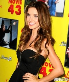 Audrina Patridge Brings the Puppies Out for Show at 'Movie 43′ Red Carpet