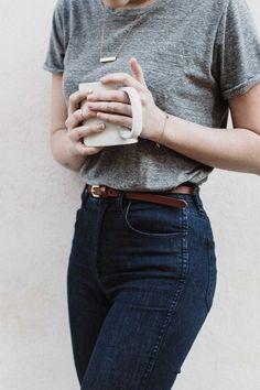 T-shirt. jeans. coffee. waist belt.