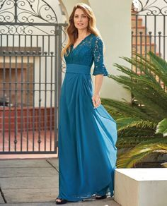 b5ad54ae859eb 145 Best Mother of The Bride Dresses images in 2019
