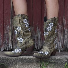 "#RD3542 Crush by Durango Women's 12"" Pull-On Embroidered Floral Western Boots - Durango Boot Company"