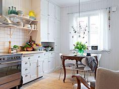 É inegável a sutileza e a delicadeza do estilo escandinavo. São as cores aliadas aos detalhes que fazem desse estilo o que ele é. São sempre interiores lin