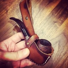 https://flic.kr/p/Qdc2L1 | Pupe holder for the true adventurers. #pipe #smokepipe #leather #leatheraccessory #pipeholder #tobbaco | ift.tt/2jpLMH2