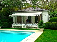 Aerin Lauder Hamptons house via Quintessence