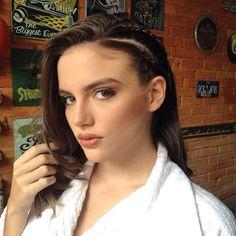 #Repost do shooting de hoje para edição de agosto da @revista_be Looks incríveis com produção by @fabianacliquefashion 😍😘 #cliquefashionoficial #revistabe #befashion #moda #makeup #bohostyle #editorial #modasorocaba