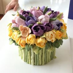 Tulip Buttercream Cake