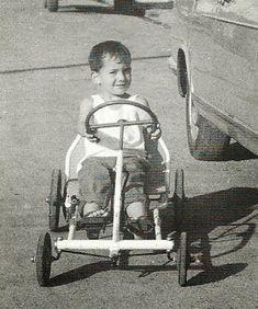 a very young Ayrton Senna in his kart Damon Hill, James Hunt, Go Kart Racing, F1 Racing, Michael Schumacher, Grid Girls, Pedal Cars, Race Cars, Mopar
