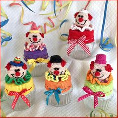 Crochet Box, Crochet Potholders, Bead Crochet, Crochet Crafts, Crochet Dolls, Crochet Jar Covers, Knitted Tea Cosies, Jar Gifts, Beautiful Crochet