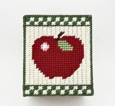 Country Apples Tissue Box Cover Pattern in by littlesapphire Plastic Canvas Coasters, Plastic Canvas Ornaments, Plastic Canvas Tissue Boxes, Plastic Canvas Christmas, Plastic Canvas Crafts, Plastic Canvas Patterns, Canvas Designs, Canvas Ideas, Crochet Apple