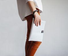 POKOJÍK / Pbg silver purse Silver Purses, School Office, Mood, Fashion, Moda, La Mode, Fasion, Fashion Models, Trendy Fashion