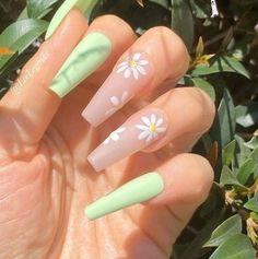 Acrylic Nails Coffin Short, Almond Acrylic Nails, Simple Acrylic Nails, Summer Acrylic Nails, Best Acrylic Nails, Spring Nails, Acrylic Nail Designs For Summer, Pastel Nails, Almond Nails