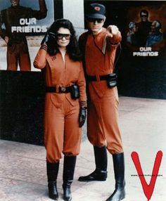 Diana (Jane Badler) and Brian (Peter Nelson)