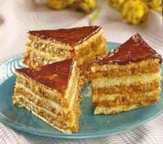 Prajitura Caramel Romanian Desserts, Romanian Food, Food Cakes, Cupcake Cakes, Cake Recipes, Dessert Recipes, Baking Classes, Sweet Cakes, Homemade Cakes