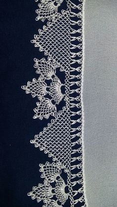 Needle Lace, Lace Making, Bargello, Filet Crochet, Diy And Crafts, How To Make, Sock Crafts, Embroidery Techniques, Crochet Shawl