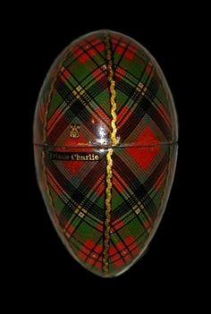Antique Prince Charlie tartanware thimble egg.
