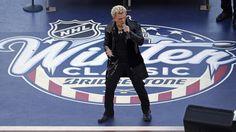 Il pioniere del punk torna in Toscana il 10 luglio - Da pioniere del punk a superstar globale, Billy Idol è rimasto un nome di riferimento per più di tre decadi, da punk rocker molto tempo fa ha trovato il modo di portare il suo atteggiamento punk nel pop e rock mainstream dando vita a canzoni che sono sopravvissute nel tempo.