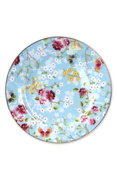 I want a litle bit of all of the Pip Studo Collections Pip Studio Blue Floral Dinnerware Pip Studio, Large Plates, Decorative Plates, Rustic Outdoor Decor, Farmhouse Style Furniture, Blue Dinner Plates, China Patterns, Plate Sets, Floral Watercolor