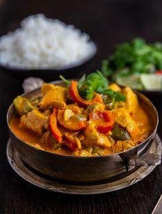 Zeina, Butter Chicken, 20 Min, Sugar And Spice, Garam Masala, Thai Red Curry, Chicken Recipes, Recipies, Good Food
