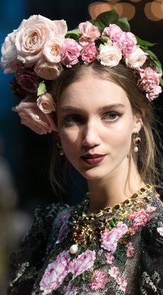Dolce and Gabbana Spring 2017 Alta Moda