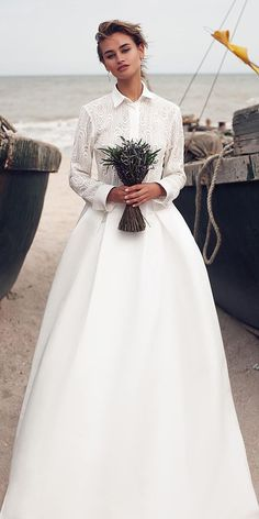 Bonita wedding dress Ariamo Bridal - buy in Moscow a Bonita dress from the 2016 collection Fall Wedding Dresses, Boho Wedding, Wedding Bride, Bridal Dresses, Wedding Gowns, Flower Girl Dresses, Modest Wedding, Bridal Jumpsuit, Minimalist Wedding Dresses