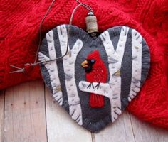Beautiful cardinal, I loved catching glimpses of your red brilliance when I lived in Ohio, so I designed an ornament to honor you! I would love to make one of these adorable ornaments just for you! Would you like the ornament personalized for that special someone? If so, I will be happy to embroider initials or a short name (up to 5 letters or 6 skinny ones) on my leaf label on the back of the ornament. Just put a note on your order or send me an Etsy convo with the details. (Please check…
