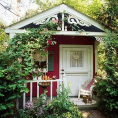 I have no idea where this is, but I'd be quite happy with it in my backyard! ♥