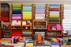 Papelerías por el mundo, Marie Papier Stationary Shop, Stationery Store, Company Office Ideas, Small House Floor Plans, Store Layout, Store Displays, Shop Interiors, Store Design, Craft Stores